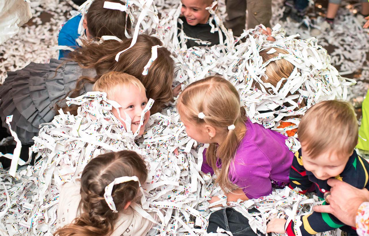 Как сделать бумажное шоу на детский праздник своими руками